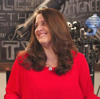 Shannon Phipps screenwriter headshot